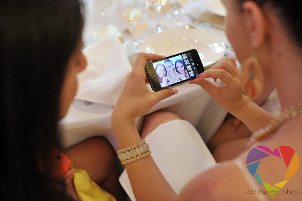 wedding bridesmaids smartphone selfie