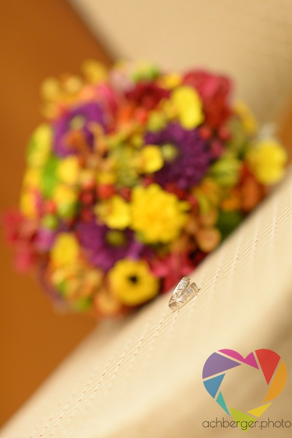 wedding ring flowers